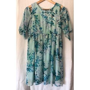 ⭐️ HOST PICK ⭐️ Emerald Sundae Floral Dress NWOT